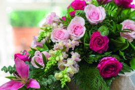 Beställ<br>Blommor