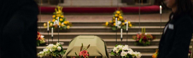 Fanor och fanbärare vid begravningar - Lund med omnejd - header_22-1500x450