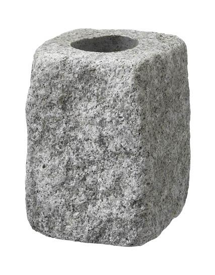 Gravvaser-i-Lund-gravvas-lavendel