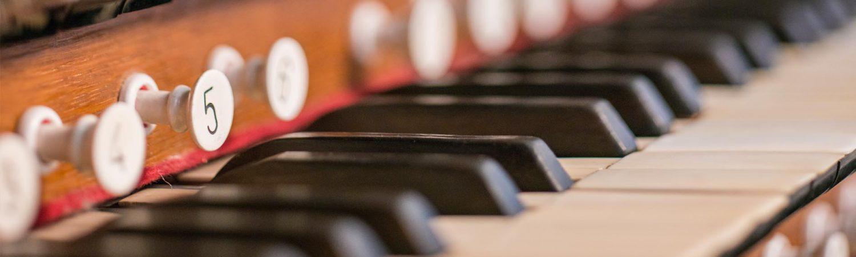 Musikväljaren - Välj musik vid begravningen i Lund med omnejd - header_09-1500x450-1500x450